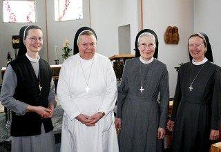 Die Schwestern des Konvents Canisiusstift (v.l.): Schwester Martina (51), Schwester Eberharda (82), Schwester Engeltraud (74) und Schwester Maria Manuela (56). (Foto: Kirche + Leben)