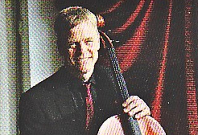In einem Benefizkonzert spielt de Cellist Rolf Herbrechtsmeyer Werke von Max Reger. (Foto: SMMP/ Heinen)