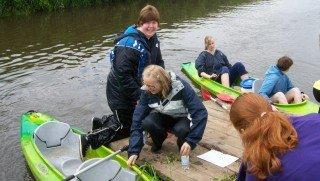 Mit viel Teamgeist kam die FSPU mit ihren Booten auf der Berkel ans Ziel. (Foto: SMMP/Rott)